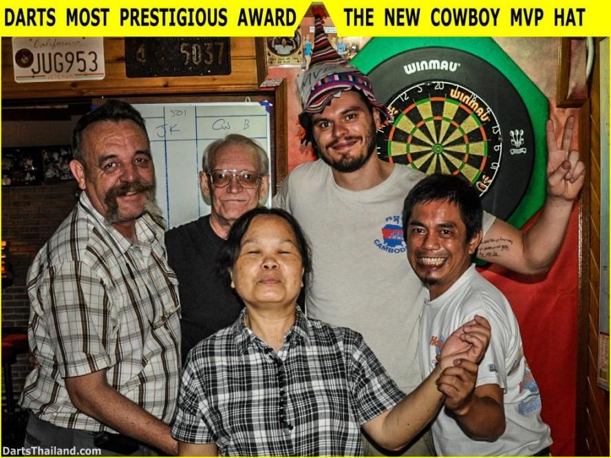 16 Apr Darts Action New Cowboy Bar (10)