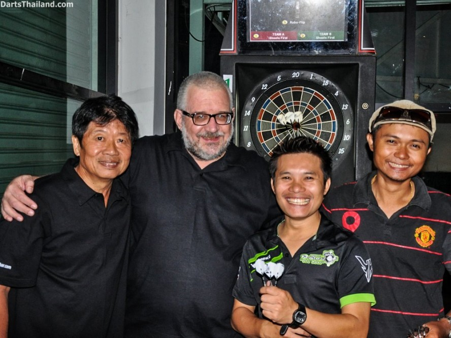 DARTS ACTION - Lomchoy The Roof (14)