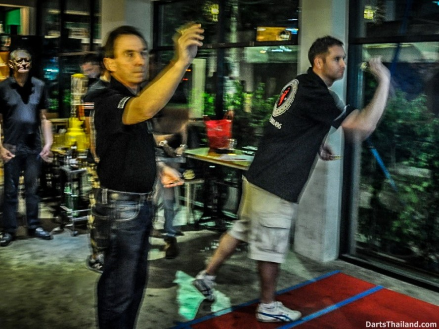 DARTS ACTION - Lomchoy The Roof (27)