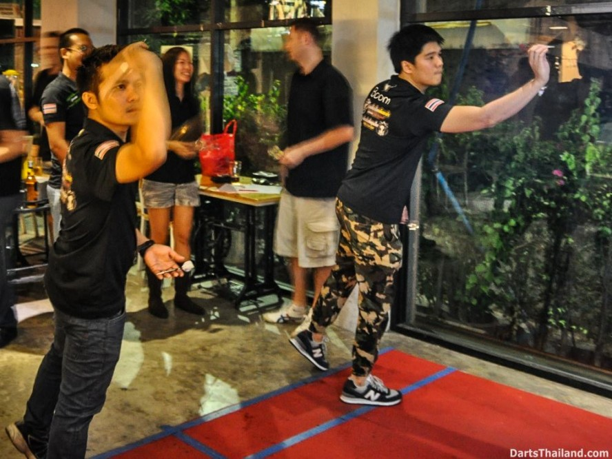 DARTS ACTION - Lomchoy The Roof (4)