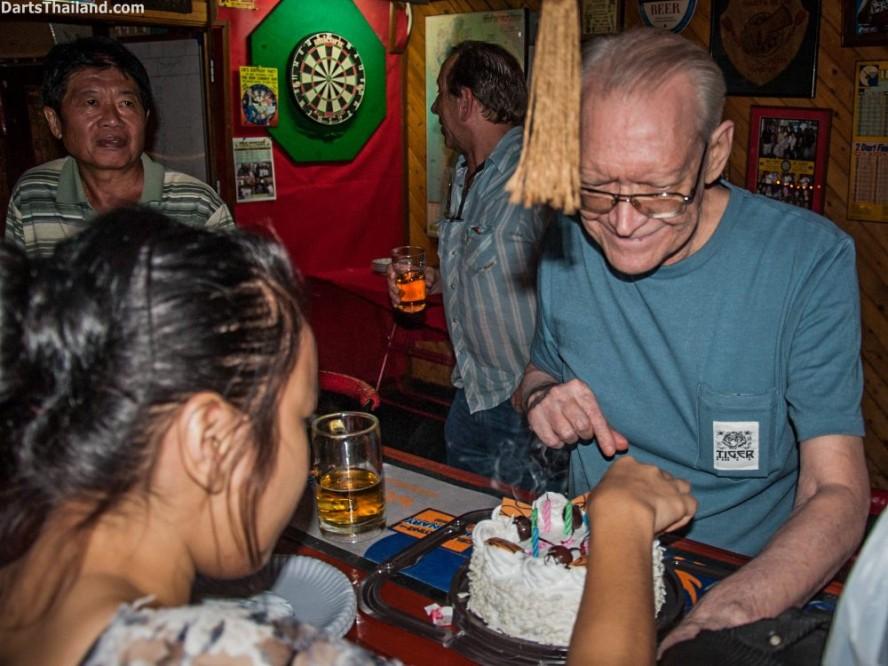 cw-darts-birthday-bangkok-newcowboy (28)