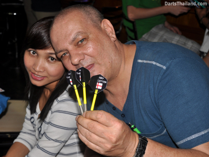 darts-photos-bangkok-thailand-darts-players-darts--leagues-photos-21_june_2011_003