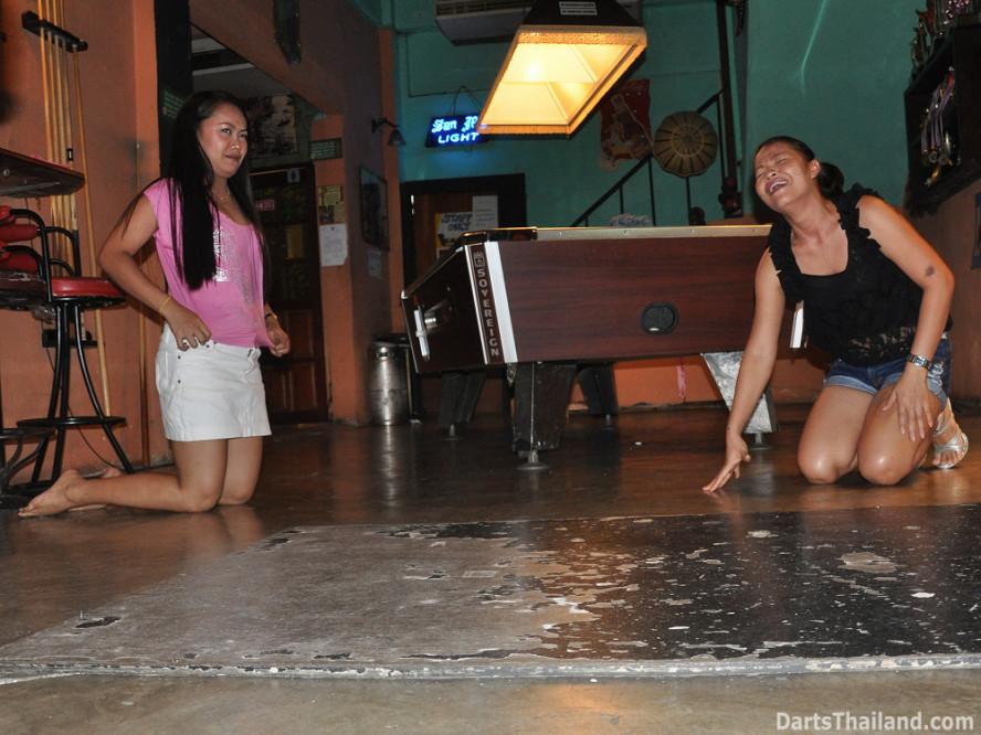 darts-photos-bangkok-thailand-darts-players-darts--leagues-photos-23_june_2011_014