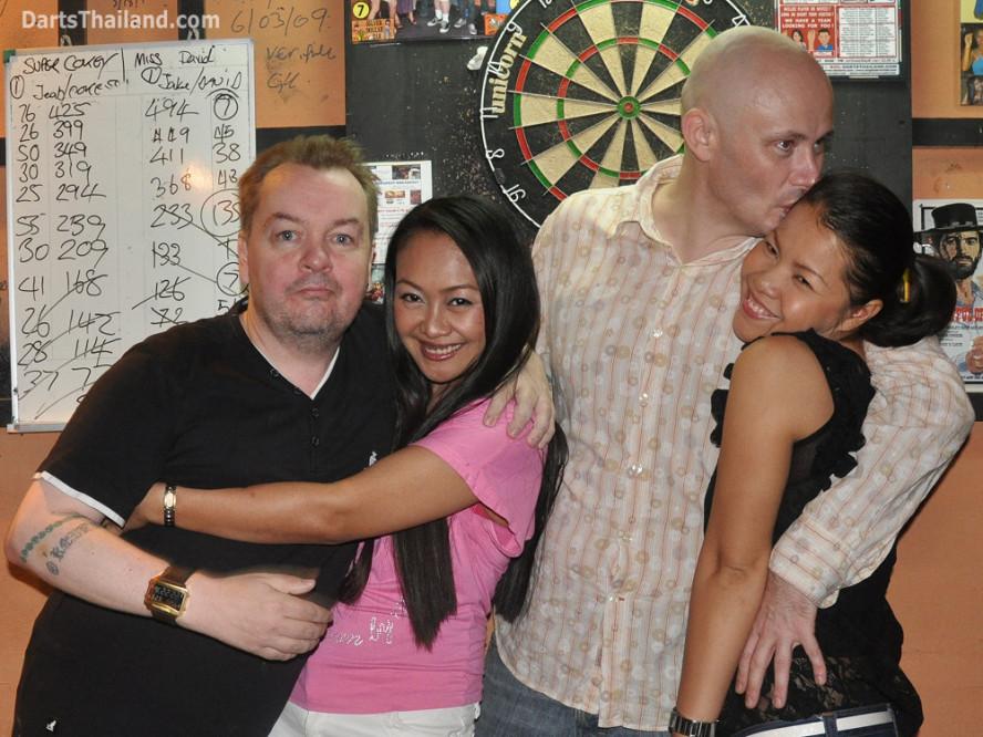 darts-photos-bangkok-thailand-darts-players-darts--leagues-photos-23_june_2011_022