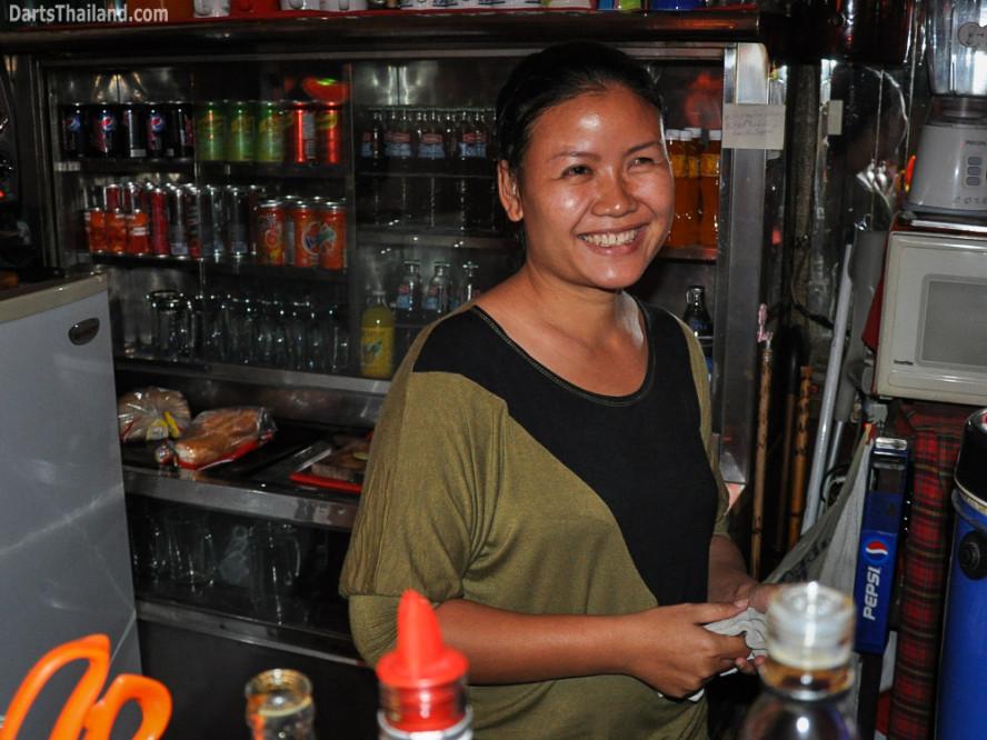 darts_domino_bar_saturday_bangkok_sukhumvit_soi_11_thailand_23
