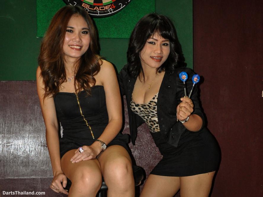 dm_006_sexy_darts_ploy_liza_sukhumvit_soi_22_beautiful_charming_lady_bangkok