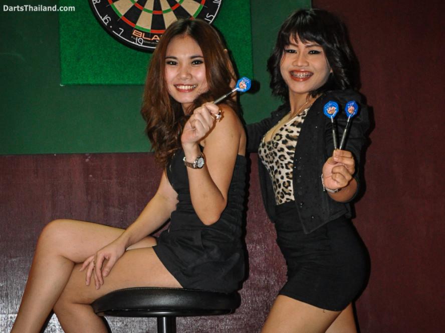 dm_012_sexy_darts_ploy_liza_sukhumvit_soi_22_beautiful_charming_lady_bangkok
