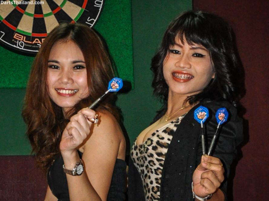 dm_013_sexy_darts_ploy_liza_sukhumvit_soi_22_beautiful_charming_lady_bangkok