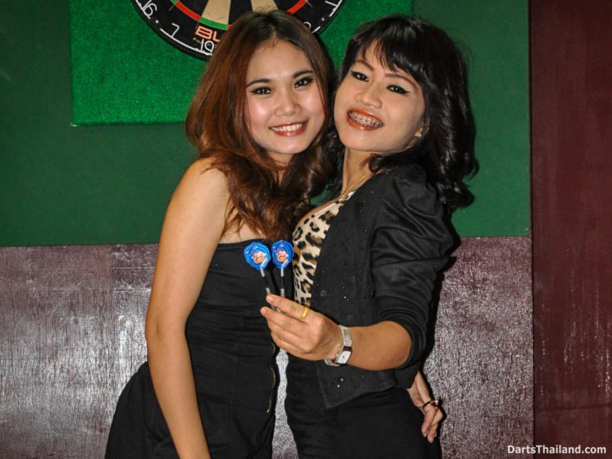 dm_014_sexy_darts_ploy_liza_sukhumvit_soi_22_beautiful_charming_lady_bangkok