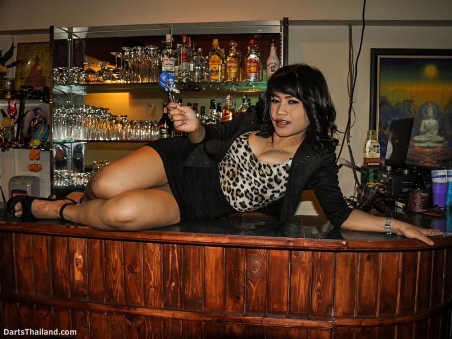dm_030_sexy_darts_photo_ploy_liza_sukhumvit_soi_22_beautiful_charming_lady_bangkok