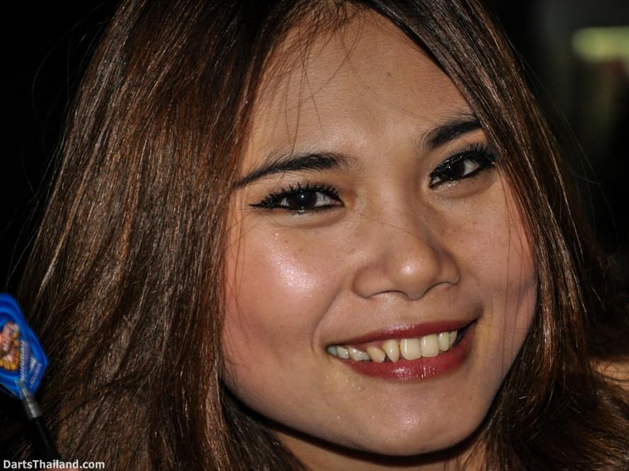 dm_050_sexy_darts_photo_ploy_liza_sukhumvit_soi_22_beautiful_charming_lady_bangkok