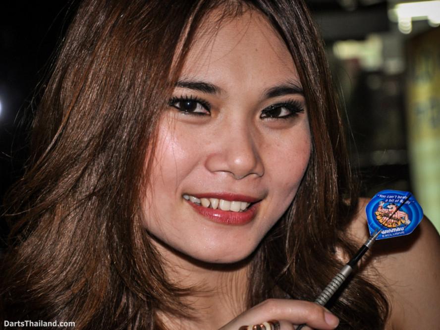 dm_052_sexy_darts_photo_ploy_liza_sukhumvit_soi_22_beautiful_charming_lady_bangkok