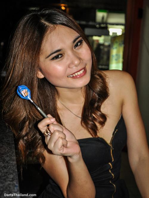 dm_069_sexy_darts_photo_ploy_liza_sukhumvit_soi_22_beautiful_charming_lady_bangkok