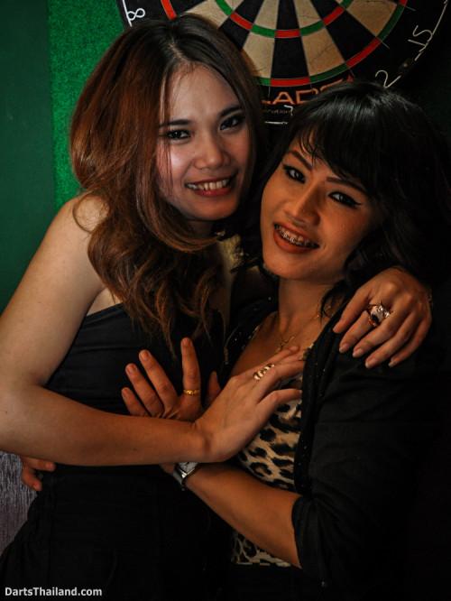 dm_076_sexy_darts_photo_ploy_liza_sukhumvit_soi_22_beautiful_charming_lady_bangkok