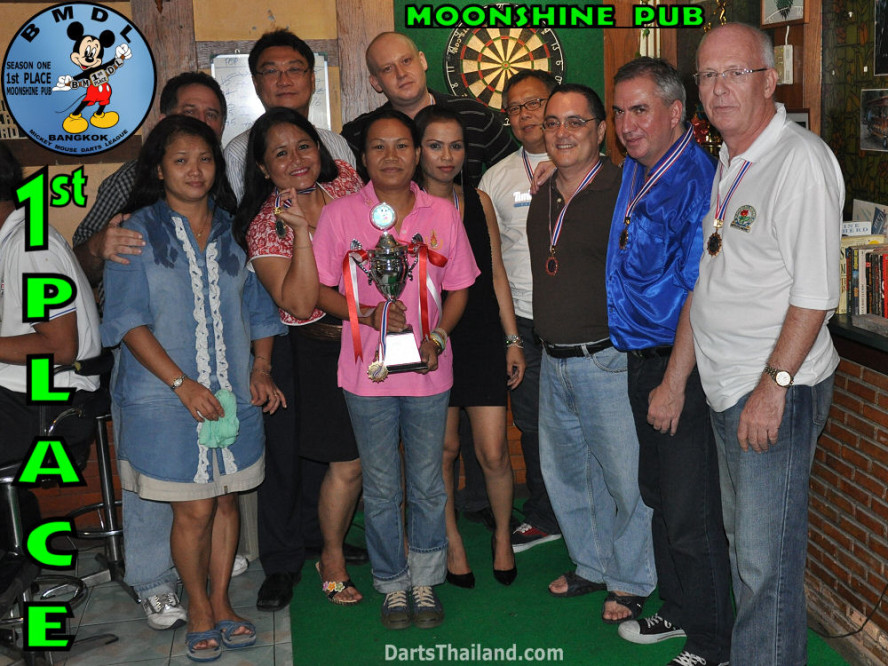 dt1656_bmdl_bangkok_mickey_mouse_dart_league_moonshine_team