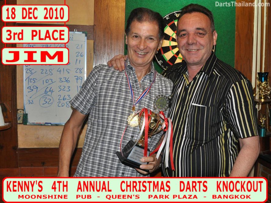 dt1836_jim_kenny_ktd_darts_knockout_moonshine_sukhumvit_soi_22_bangkok