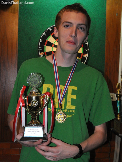 dt1847_natt_trophy_winner_darts_knockout_moonshine_sukhumvit_soi_22_bangkok