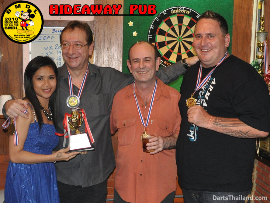 dt1855_hideaway_pub_bmdl_bangkok_mickey_mouse_darts_league_moonshine_sukhumvit_soi_22