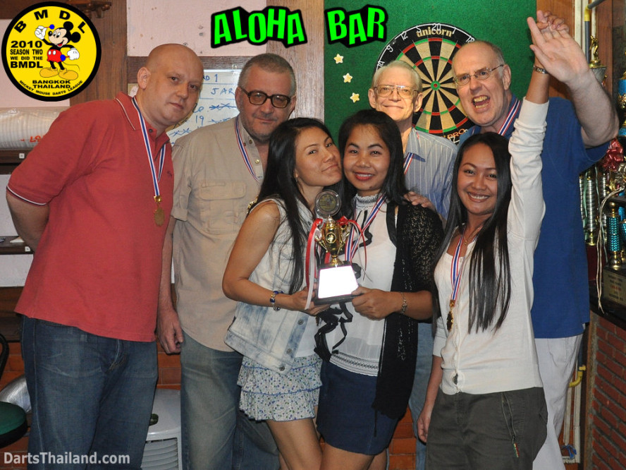 dt1857_aloha_bar_charinee_bmdl_bangkok_mickey_mouse_darts_league_moonshine_sukhumvit_soi_22