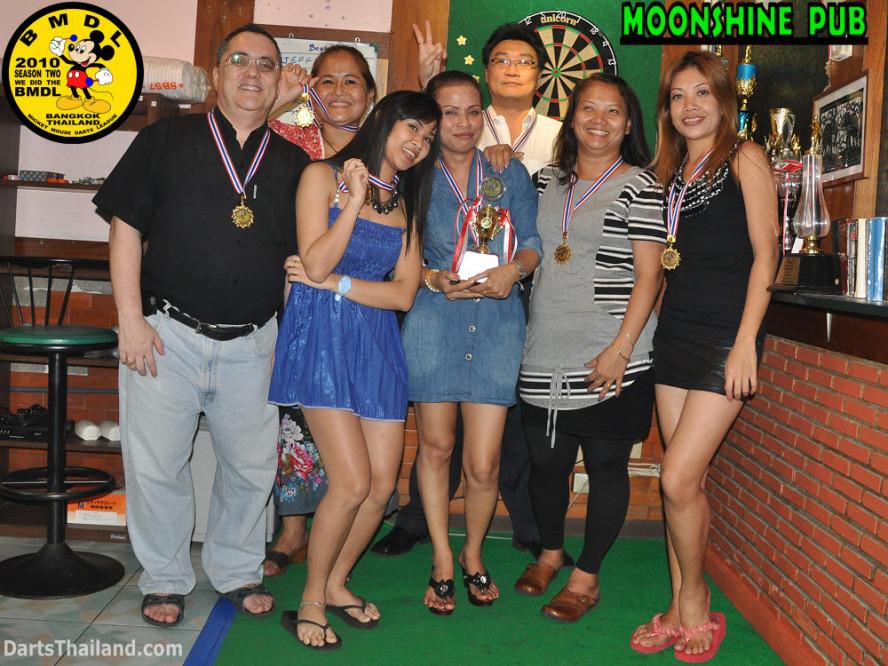 dt1858_jeff_nit_wassana_bmdl_bangkok_mickey_mouse_darts_league_moonshine_sukhumvit_soi_22