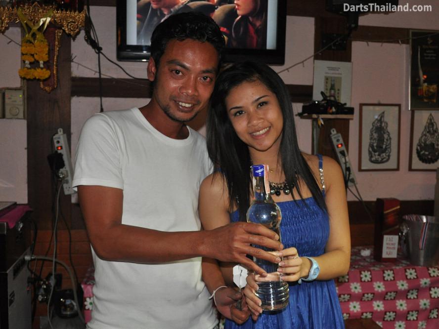 dt1894_a_nit_sexy_bmdl_bangkok_mickey_mouse_darts_league_moonshine_sukhumvit_soi_22