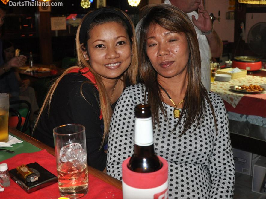 dt1902_ja_52_bar_bmdl_bangkok_mickey_mouse_darts_league_moonshine_sukhumvit_soi_22
