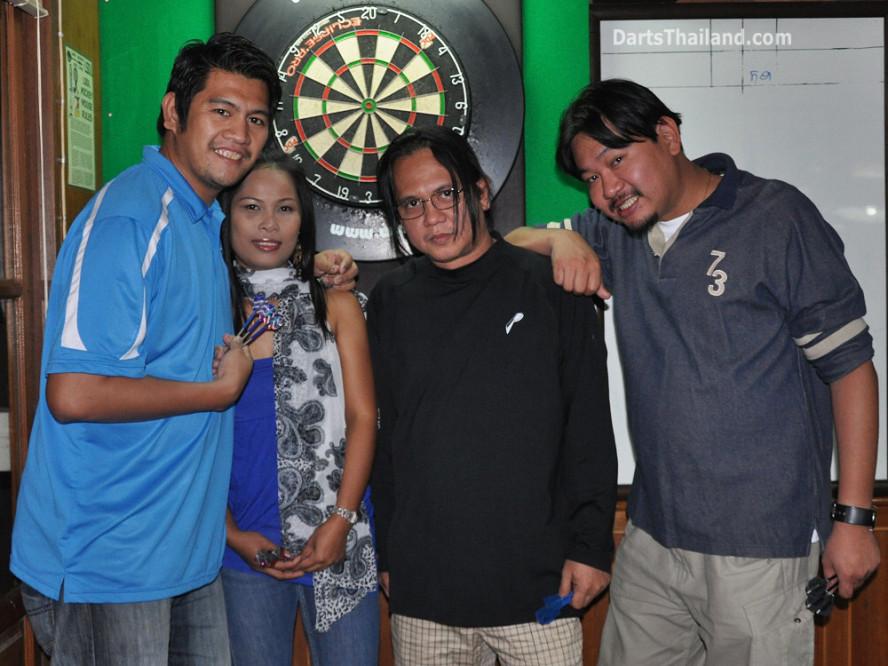 dt2034_yorkshire_tri_bar_darts_knockout_52_aloha_corner_sukhumvit_soi_22_bangkok