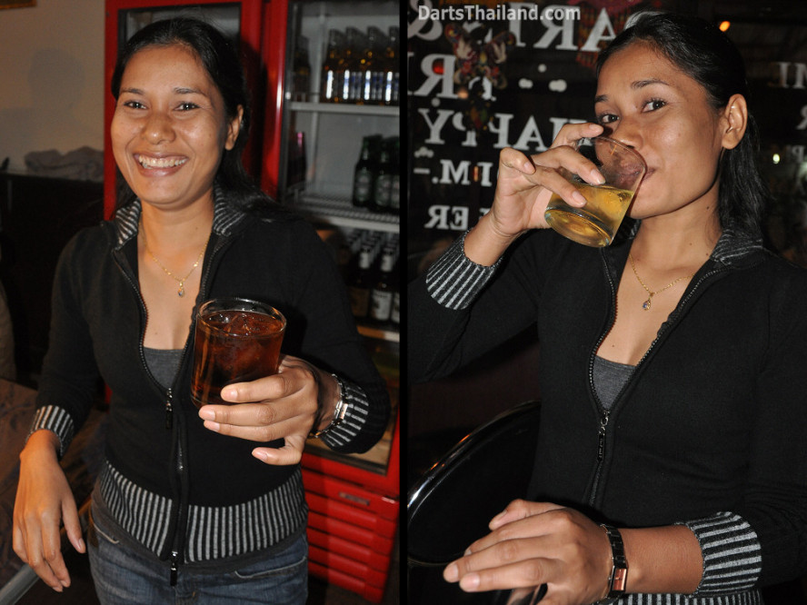 dt2048_miss_on_yorkshire_tri_bar_darts_knockout_52_aloha_corner_sukhumvit_soi_22_bangkok
