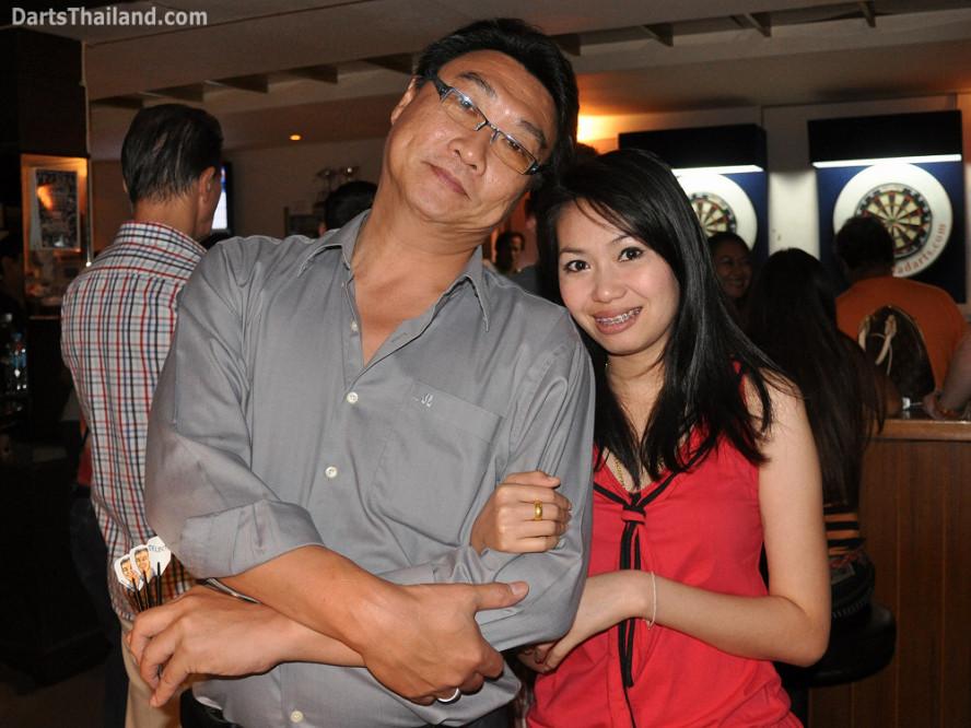 dt2231_adul_aoi_sportsman_bidl_bangkok_international_darts_league_tda_thailand_association