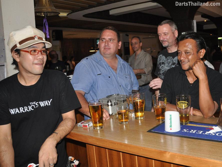 dt2239_ti_lutz_sportsman_bidl_bangkok_international_darts_league_tda_thailand_association