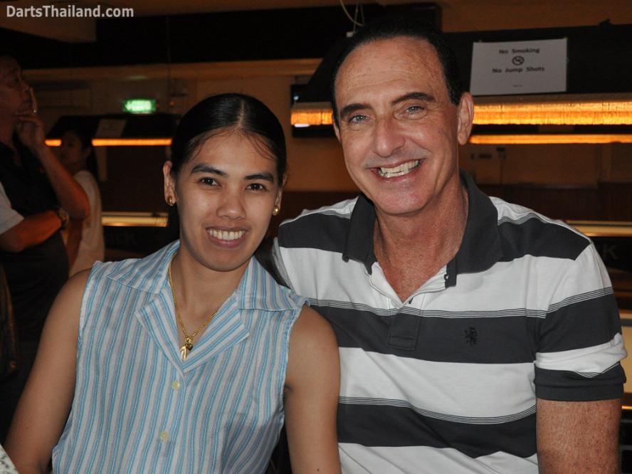 dt2240_dow_rick_sportsman_bidl_bangkok_international_darts_league_tda_thailand_association