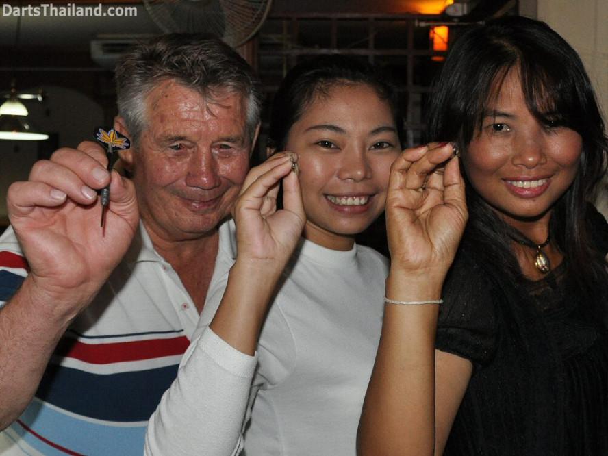 dt_1745_darts_bangkok_john_toon_sai_sukhumvit_22