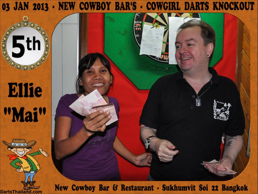 new_cowboybar_cow_girl_darts_knockout_sukhumvit_soi_22_bangkok_thailand_darts_044
