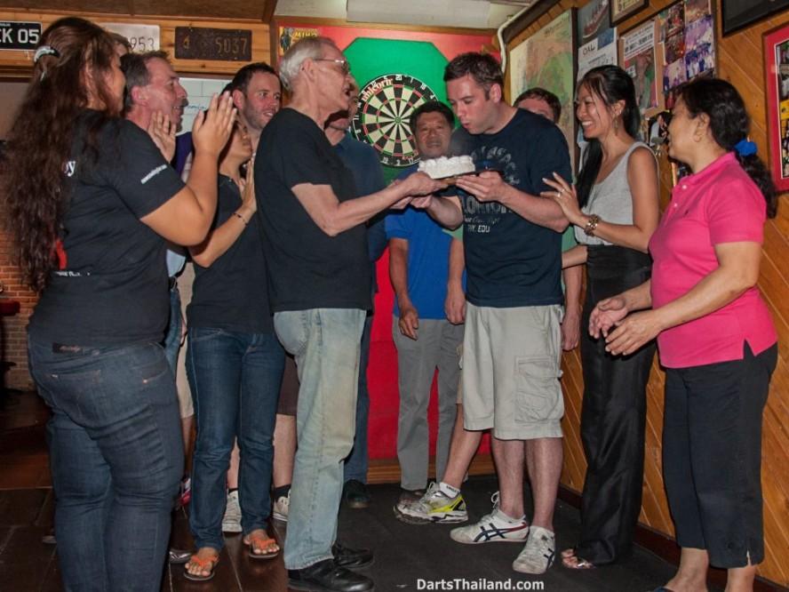 why-darts-2013-new-cowboy-bar (24)