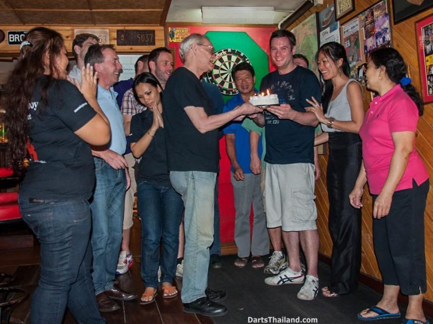 why-darts-2013-new-cowboy-bar (25)