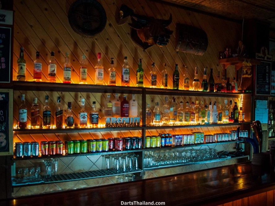 why-darts-2013-new-cowboy-bar (39)