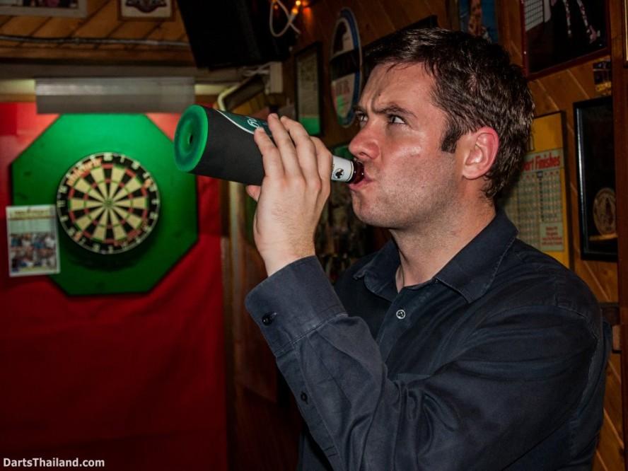 why-darts-2013-new-cowboy-bar (5)