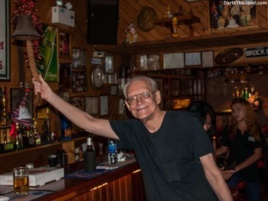 why-darts-2013-new-cowboy-bar (50)