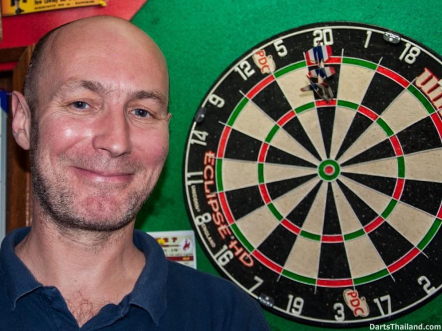 why-darts-2013-new-cowboy-bar (68)