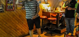 09_darts_pro_danny_golden_leeds_yorkshire_uk_bangkok_pattaya