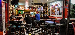 03_darts_tourney_bangkok_new_cowboy_buddys_bar_sukhumvit
